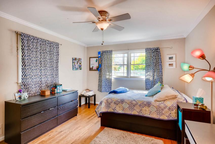 2895 Evans Woods Drive Atlanta-large-025-20-2nd Floor Bedroom-1499x1000-72dpi
