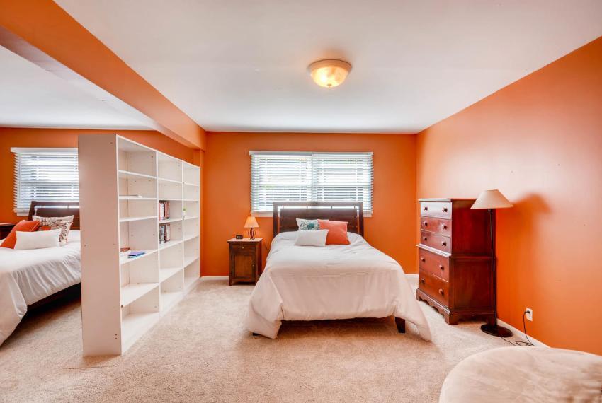 2895 Evans Woods Drive Atlanta-large-031-34-Lower Level Bedroom-1499x1000-72dpi