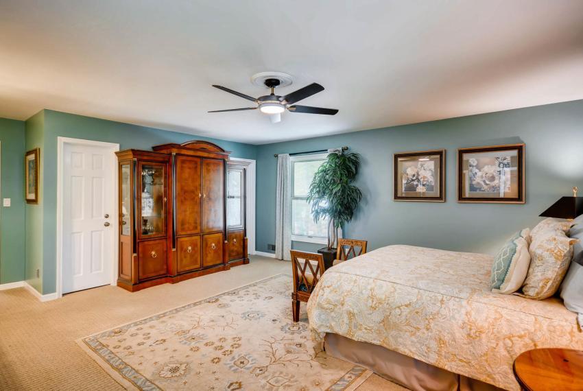 3982 Northlake Creek Ct Tucker-large-020-14-Master Bedroom-1499x1000-72dpi