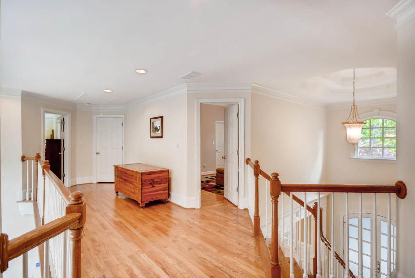 4477 Briarcliff Rd NE Atlanta-large-029-39-2nd Floor Bridge-1499x1000-72dpi