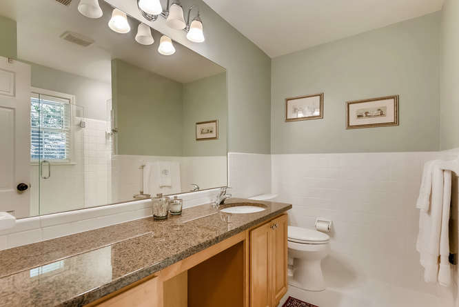2456 Helmsdale Dr NE Atlanta-small-026-14-2nd Floor Master Bathroom-666x445-72dpi