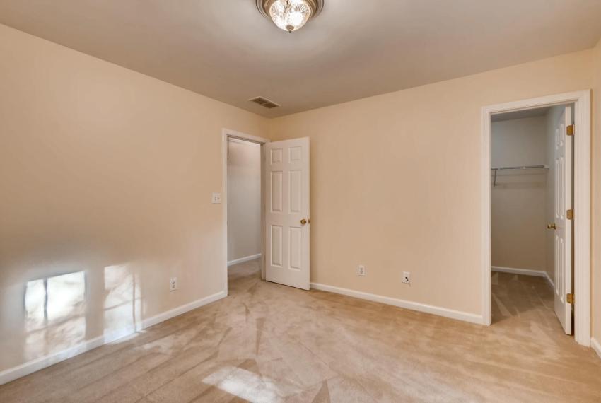 3131 Kings Arm Atlanta GA-large-037-2-2nd Floor Bedroom-1500x1000-72dpi