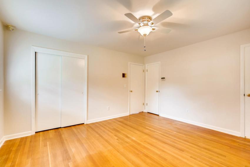 3218 Rehoboth Dr Decatur GA-large-023-30-2nd Floor Master Bedroom-1500x1000-72dpi