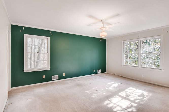 2263 Shasta Way NE Atlanta GA-small-016-11-2nd Floor Master Bedroom-666x444-72dpi
