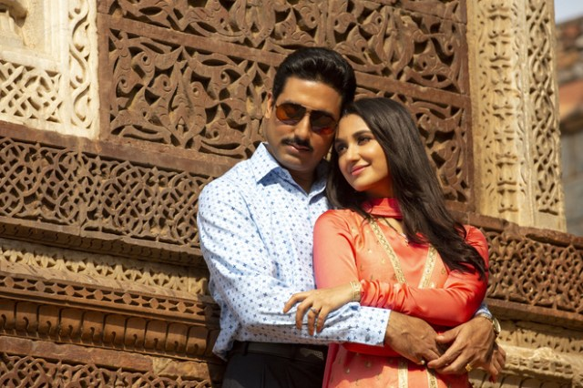 Abhishek Bachchan starrer The Big Bull, the fictional retelling of Harshad  Mehta's rise and fall fails
