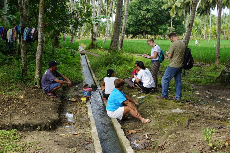 A team of UD students and professional mentors traveled to the Philippines in January, where they worked with the local community in Bohol to implement a potable water solution.