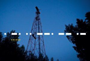 Záhada děsivého hlasu opakujícího číselný kód v ruském rádiu
