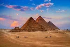 Dívce prý v hlavě zněly hlasy pocházející ze starověkého Egypta