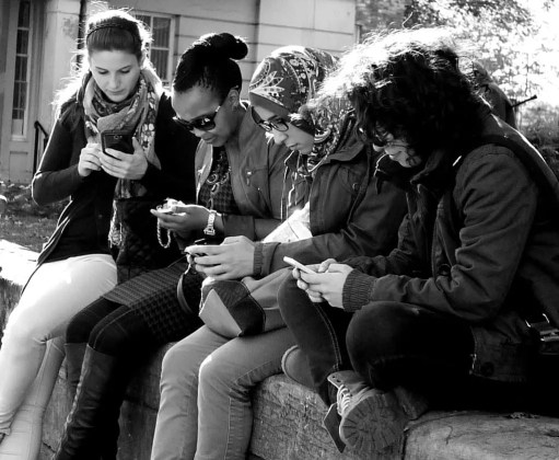 phone-lookers-2-1024x843