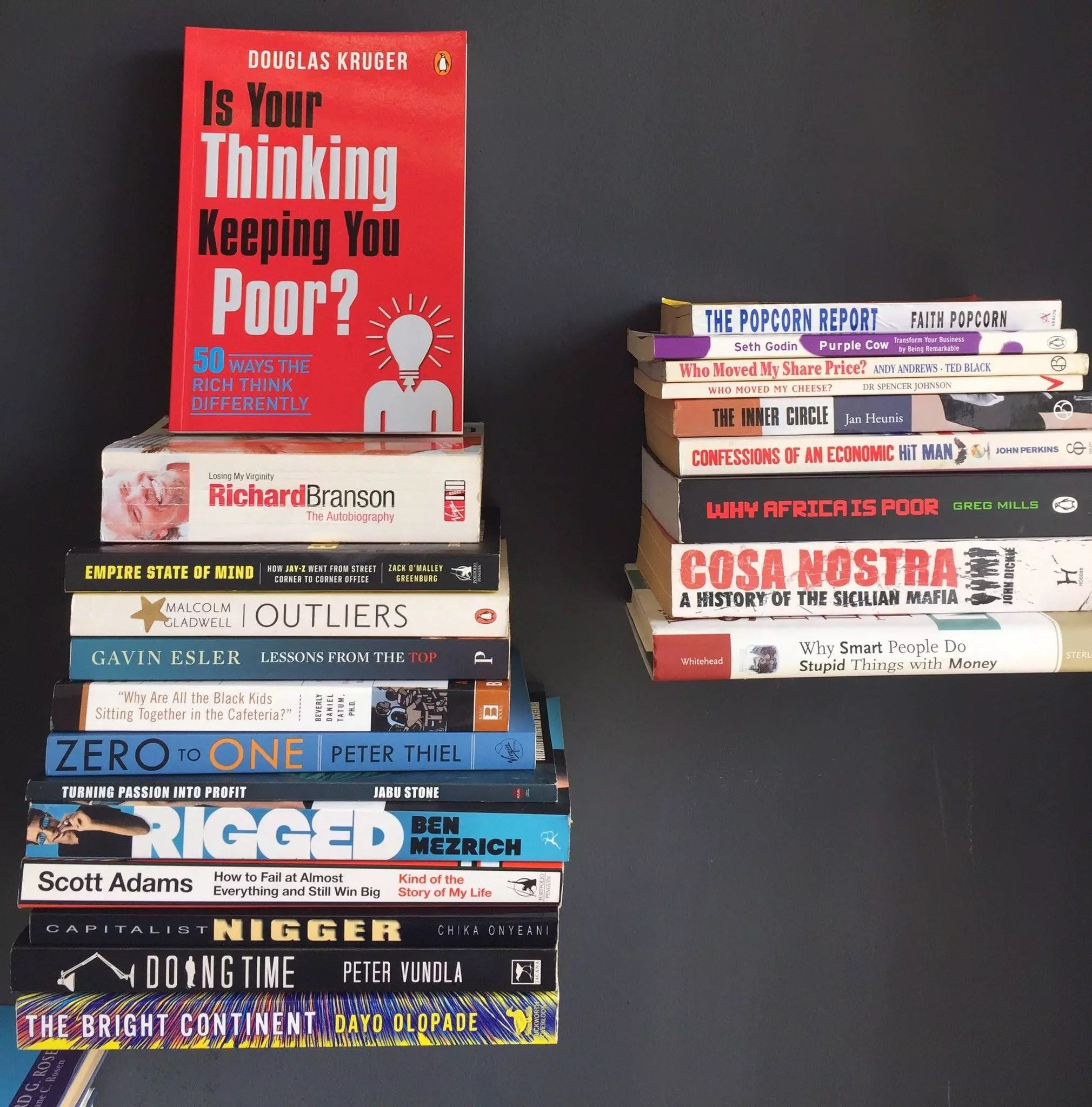 Bra-Willy-Book-Shelf-2016