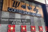 Woody Coffeeshop and Bar