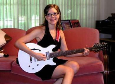 ネットでみつけた眼鏡美人シンガー、リサ・ローブ(Lisa Loeb)の歌声 ...
