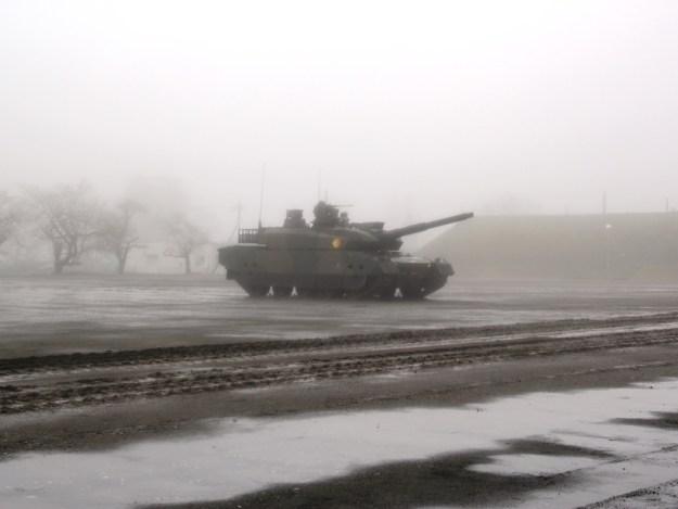 駒門・56周年・観閲式・10式戦車・パフォーマンス