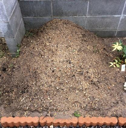 15最後に土をかぶせて水をかけた状態