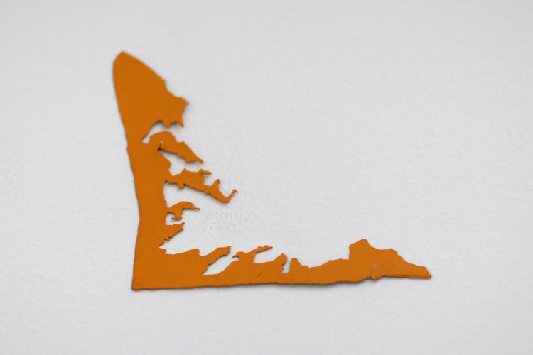 """""""Utan titel"""", 2005, etsat fiberstål + akryl, konstverk av Curt Asker."""