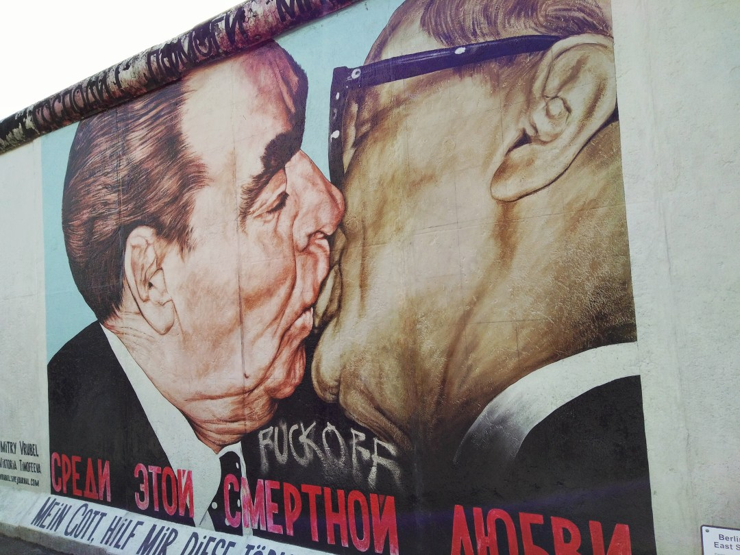 East Side Gallery - Enjoy the Adventure travel blog