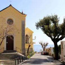 travel-italy-positano-church