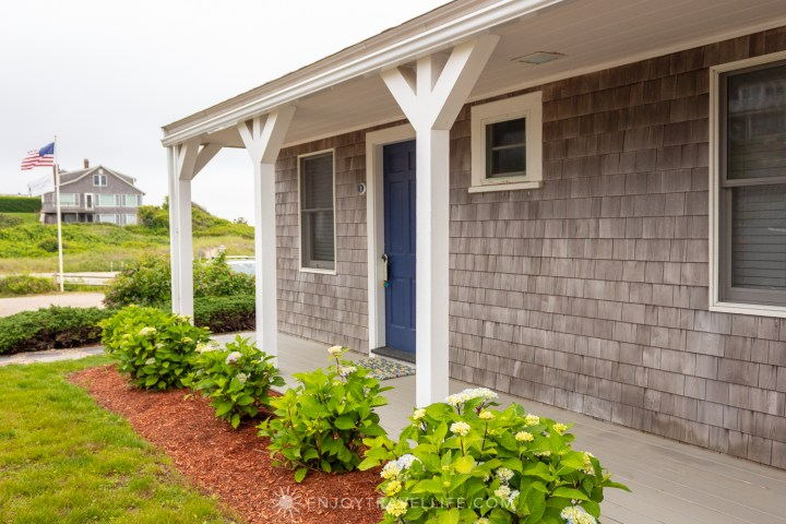 Waterfront Weekend in Chatham - Chatham Tides Inn Grounds