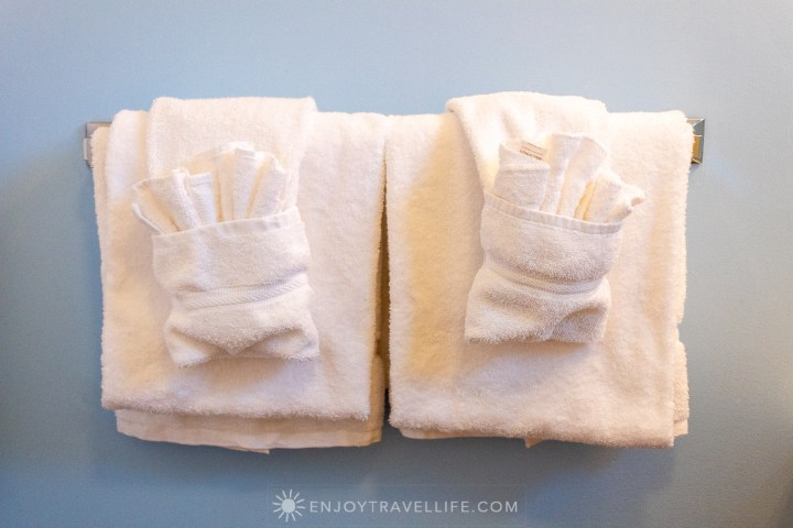 Waterfront Weekend in Chatham - Chatham Tides Inn Towels