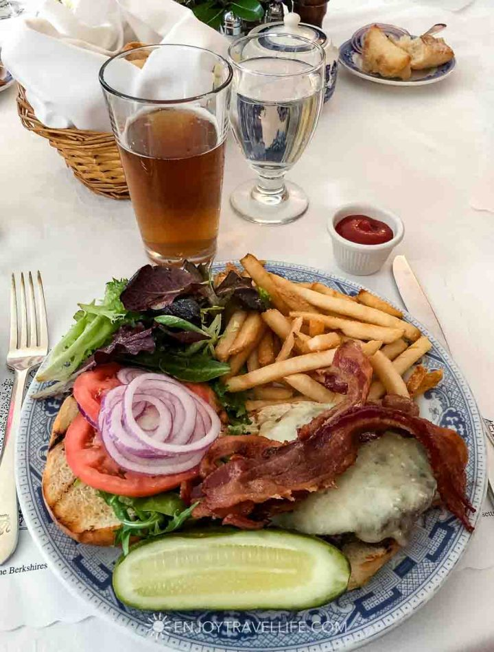 Red Lion Inn Dining Room - Beef Burger with Bacon