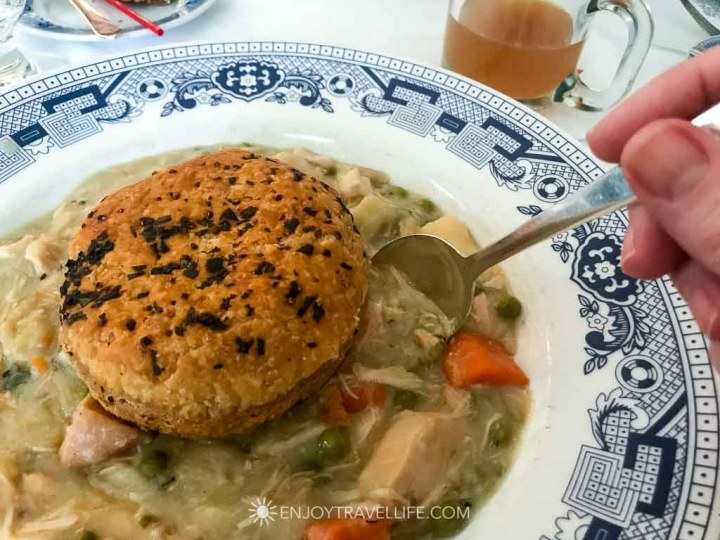 Lunch at The Red Lion Inn (Stockbridge MA) - Chicken Pot Pie