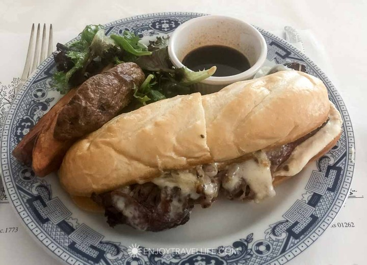 Red Lion Inn Dining Room - French Dip