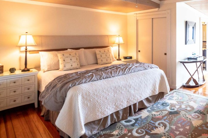 Guest Room at Inn on the Sound at Falmouth Massachusetts