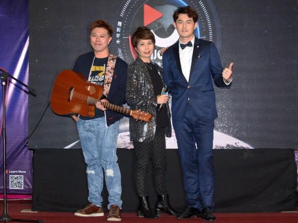 Enjoy TV CEO Datin Yoko and Artists Ryo Hee and Wang Rui