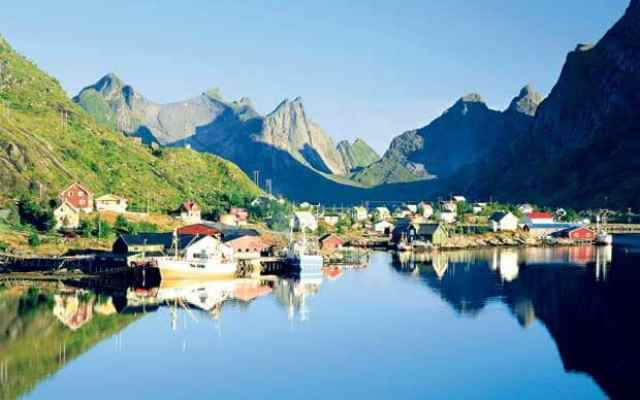 Norway-Lofoten-sea
