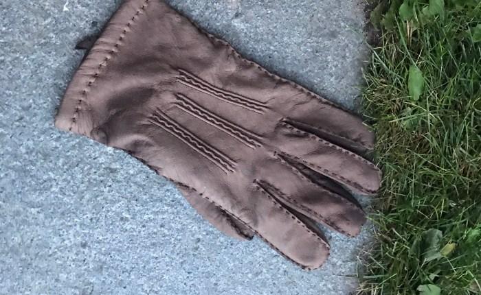 Å miste en hanske…