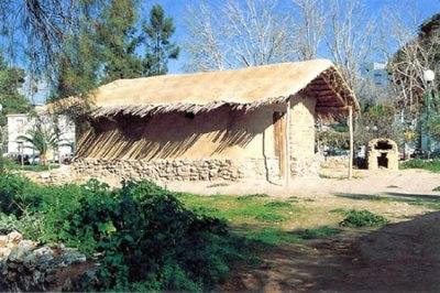 Reconstitition d'une maison à Dimini