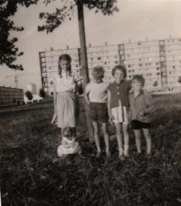 enfants de la cité Joliot-Curie à Argenteuil en