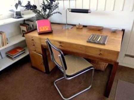 bureau dessiné par Gropius au Bauhaus