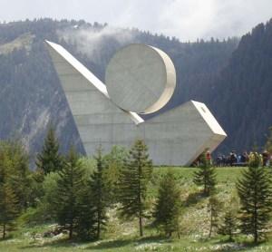 le Monument du Plateau des Glières d'Emile Gilioli, 1973
