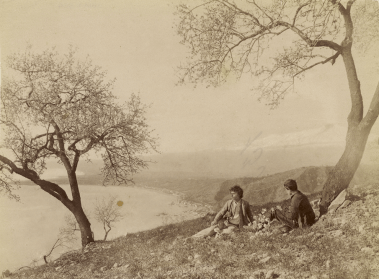 Wilhelm von Gloeden - Taormina – Mandorli in fiori
