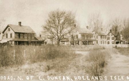 Holland Island - Naissance d'un village