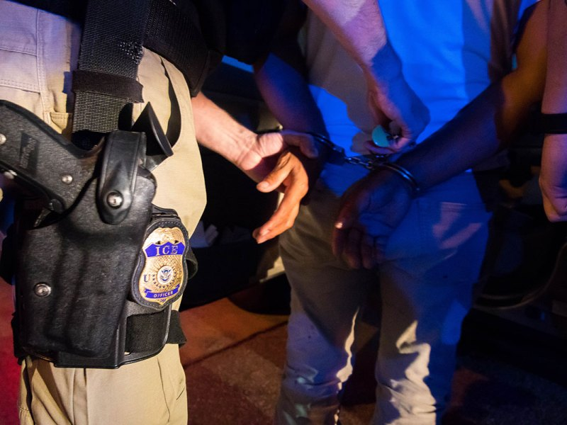 Arrestos y deportaciones del ICE