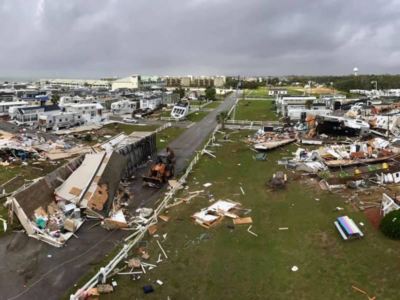 Tornado golpea