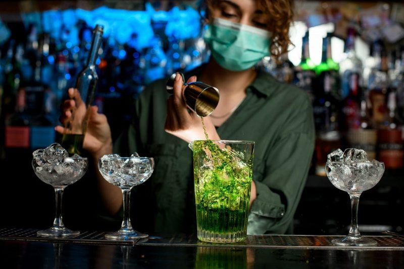 Ley que permite reapertura de bares