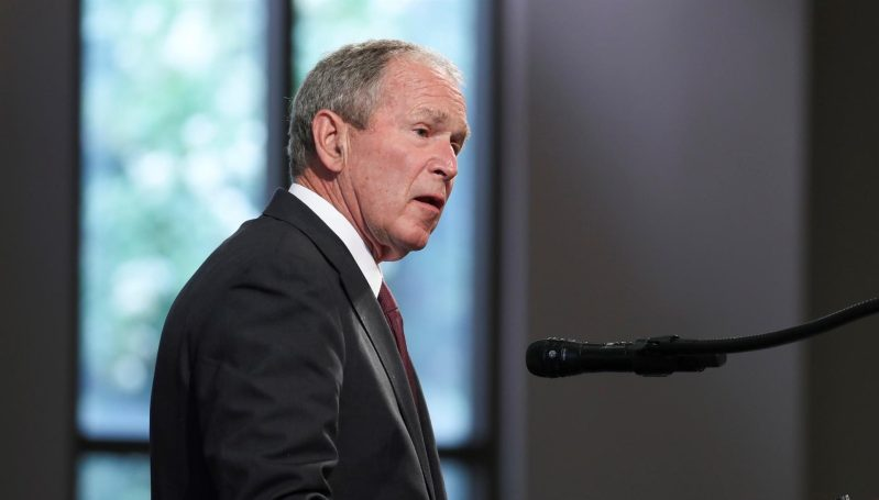 George W. Bush se arrepiente de no haber logrado reforma migratoria