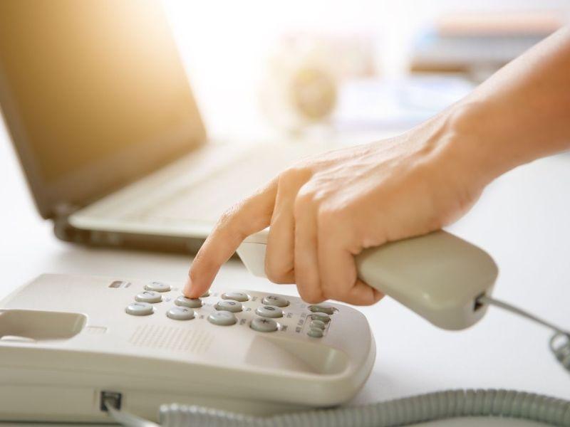Sistema de Escuelas Públicas de Wake habilita línea telefónica de orientación en español