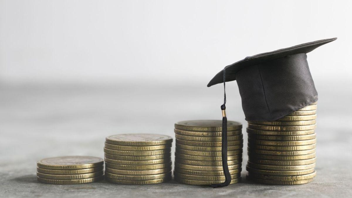becas para estudiantes hasta por $2,800