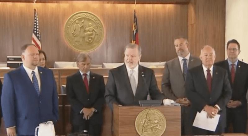 Presupuesto estatal 2021-23 de Carolina del Norte