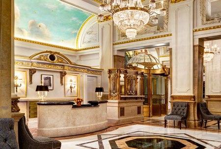 Lobby St. Regis Hotel