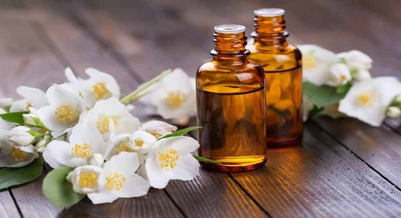 Jasmine Essential Oil – Unleash the Solar Plexus Chakra and Reclaim Your Will