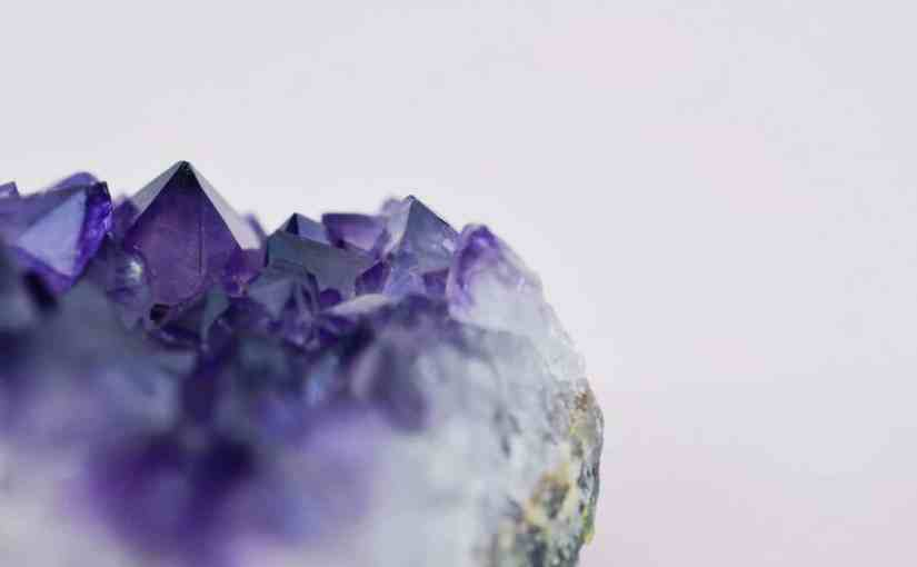 9 Ways to Do Your Own Crystal Healing