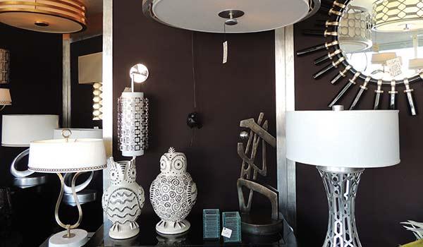 De LightVille: Woodland Hills, California Lighting Showroom