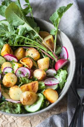 pring Potato Salad with Balsamic Vinaigrette Vegan_2