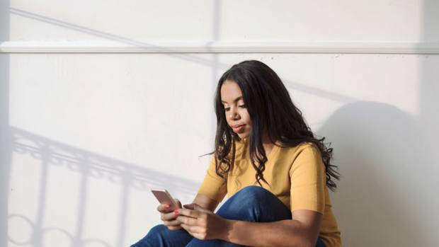 Limiting Your Social Media Use Can Improve Your Wellbeing, A New Study Says