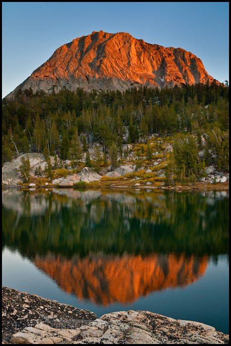 http://enlightphoto.com/photo-info/tiga2028-fletcher-peak-yosemite-photo.html